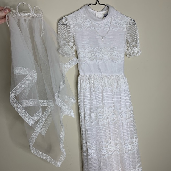 Hollywood Other - First Holy Communion Dress - Satin & Lace w Pearls